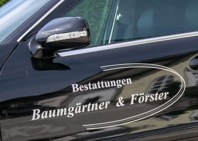 Fahrzeugbeklebung, Bestattungen Baumgärtner & Förster